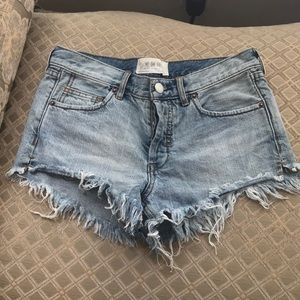 Free people button fly short size 24